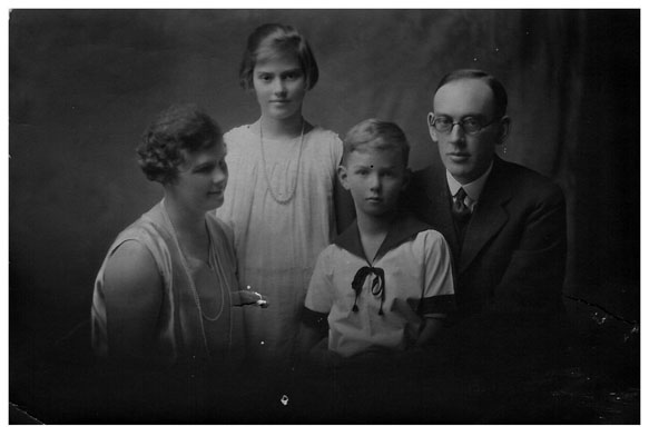 grandfather and family 1927 upload